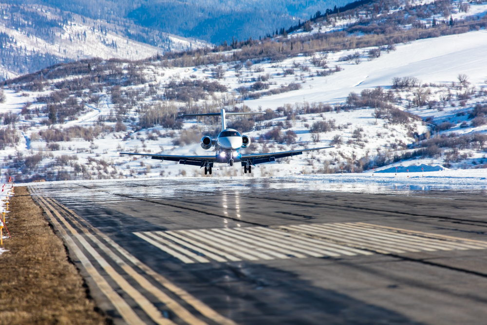 Pilatus PC-24 landing at Steamboat Springs