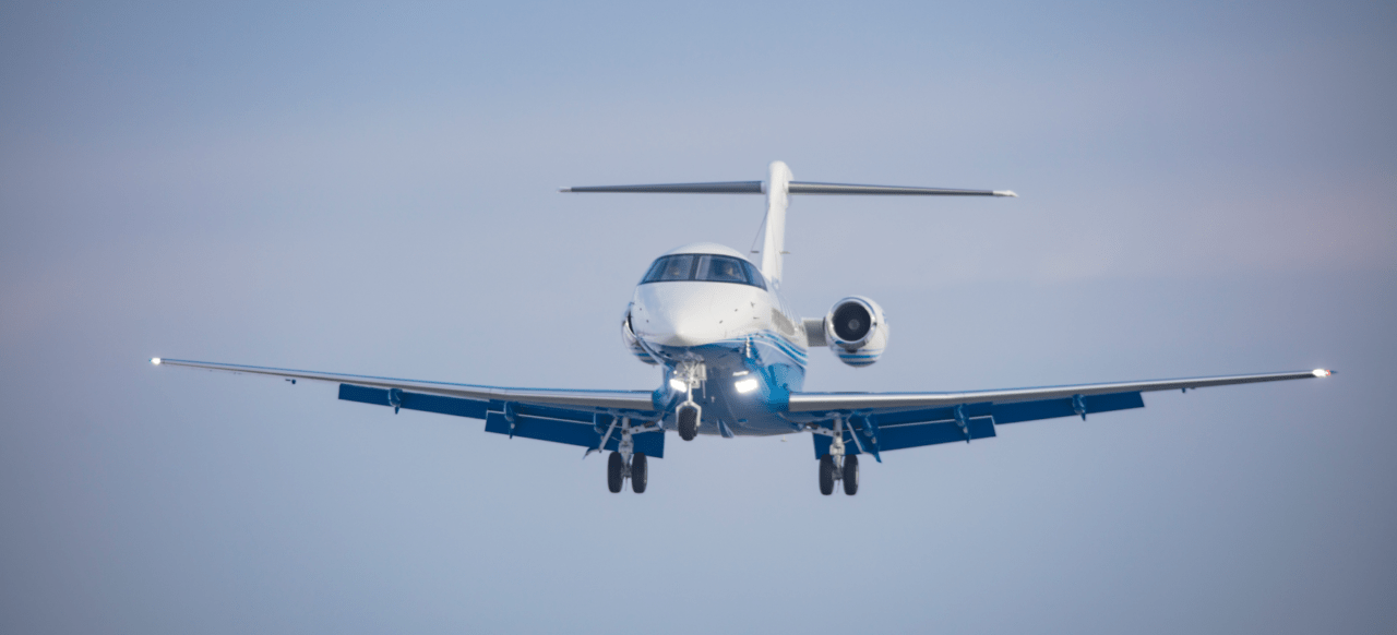 fractional jet ownership aircraft in mid air